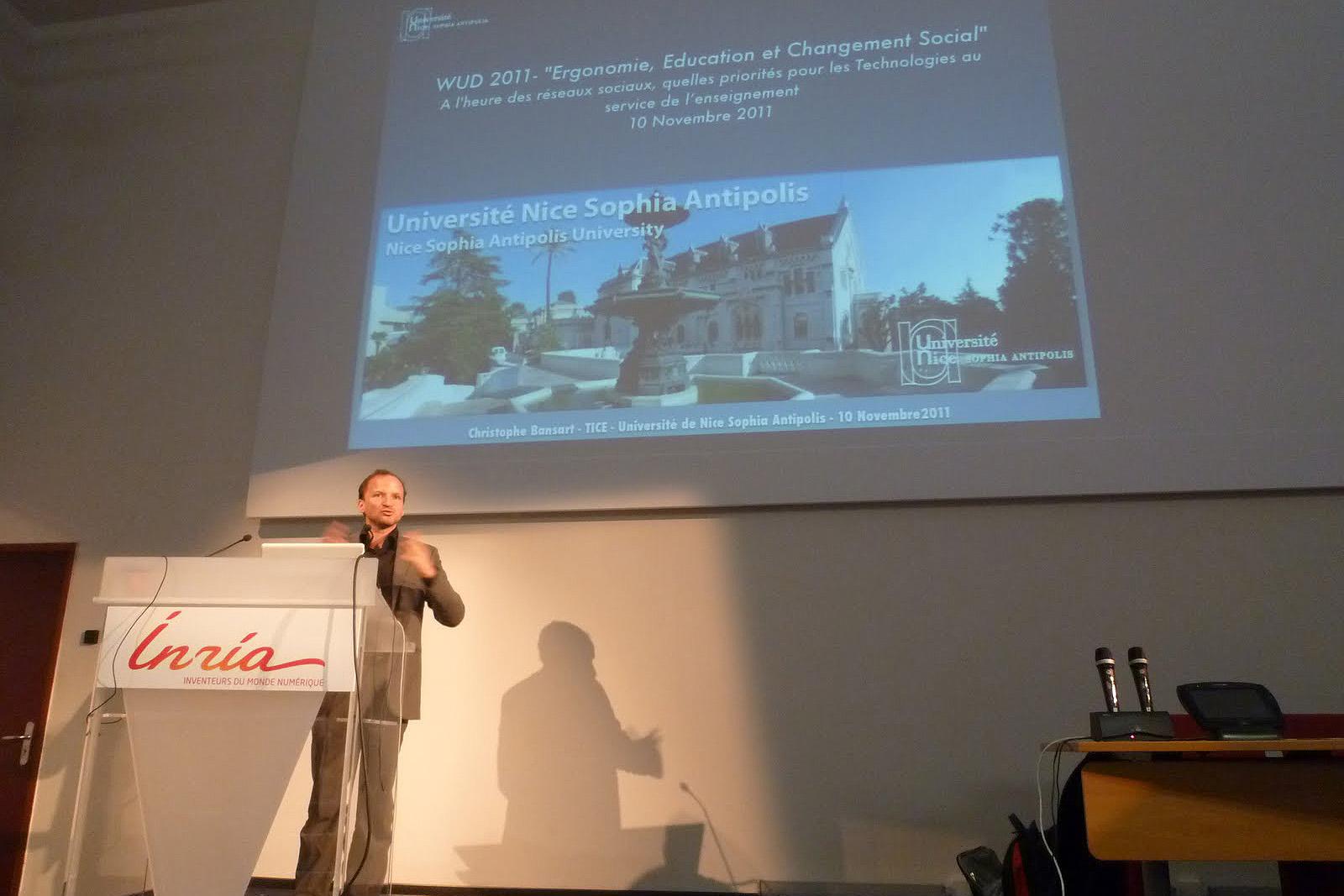 WUD 2011 : Ergonomie, Education et Changement Social